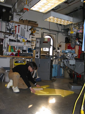 Hua-Bai working at the template in the CARA workshop at South Pole
